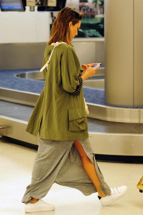 Jessica Alba en el aeropuerto