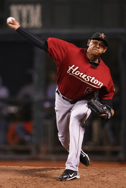 RP. Wilton López. Astros de Houston. Concedió solamente una carrera   y...