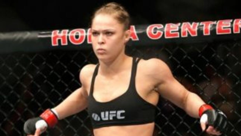 Ronda retuvo su cinturón por tercera ocasión.