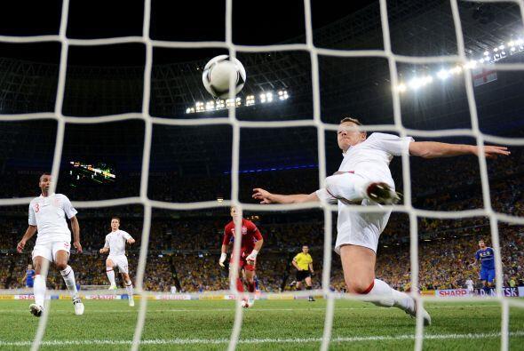 Por último en la Eurocopa del 2012, otra vez Inglaterra aparece e...