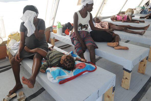Para octubre de 2010 los haitianos padecieron una epidemia de cólera que...