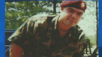 Veterano del ejercito de Estados Unidos se enfrenta a una posible deport...