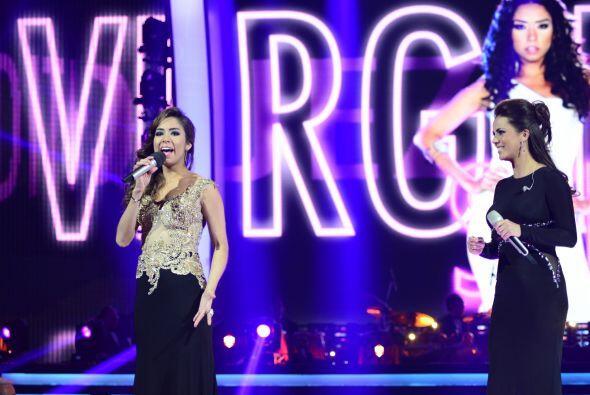 La intérprete y ex Timbiriche tiene una voz espectacular.