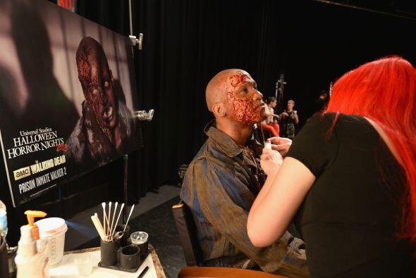 Hasta para arreglar a un despreciable zombi se necesita mucha,pero mucha...
