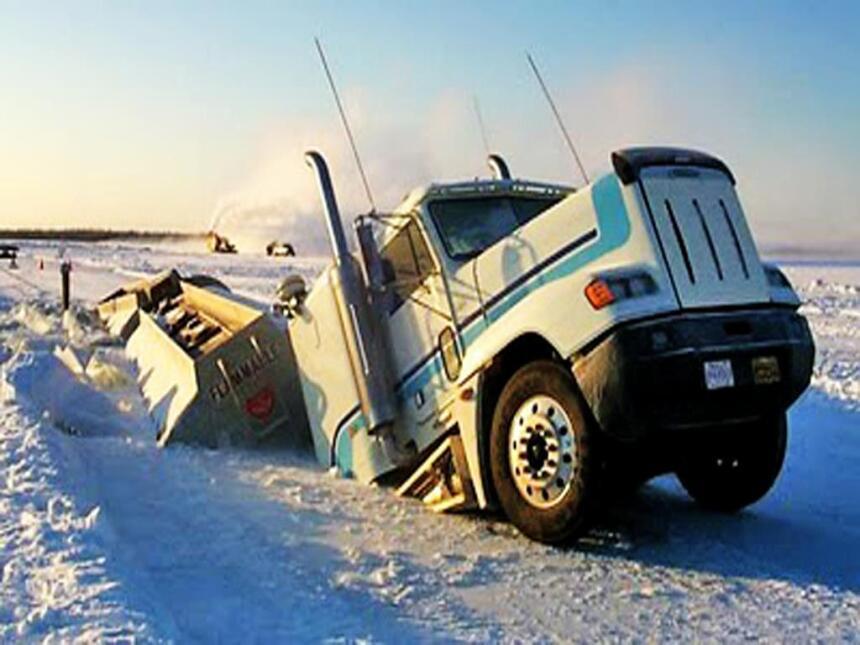 Las cinco carreteras más peligrosas del mundo James Dalton Highway in Al...