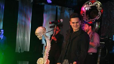 Regulo Caro viajó a la Ciudad de México para promocionar su álbum 'En es...