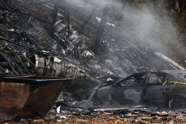 Nueve personas murieron cuando una avioneta ejecutiva se estrelló contra...