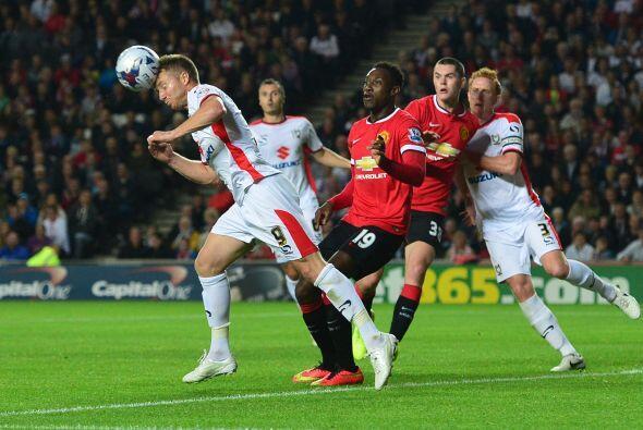 Manchester se volcó al frente buscando acortar la diferencia en el marca...