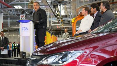 Marchionne, CEO de FCA, en instalaciones de una planta en Canadá.