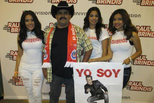 """Gracias a todos los que ya votaron por Raul Brindis como mi """"DJ Fav..."""