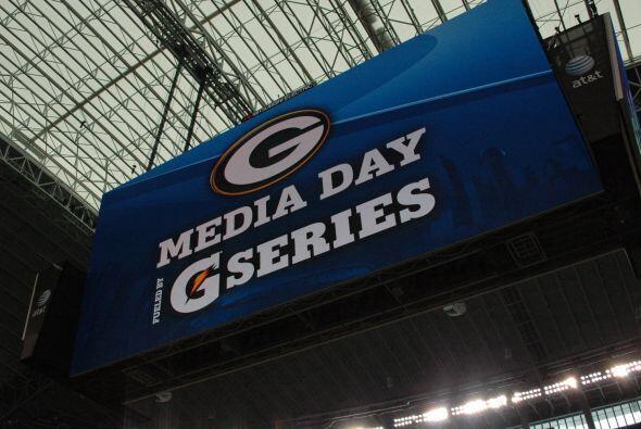 La enorme pantalla es lo más destacado de la casa de los Dallas Cowboys.