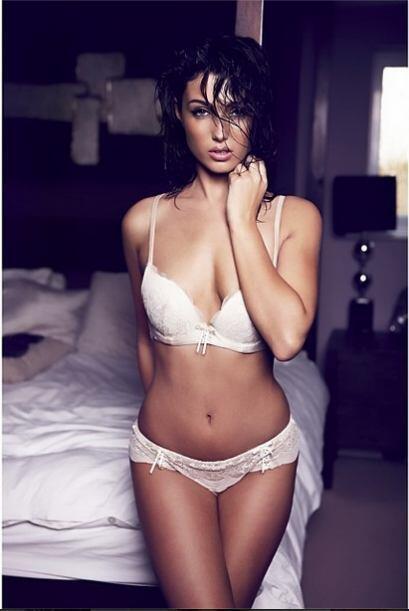 Shelby Billingham, novia del nuevo jugador del Manchester United Luke Sh...