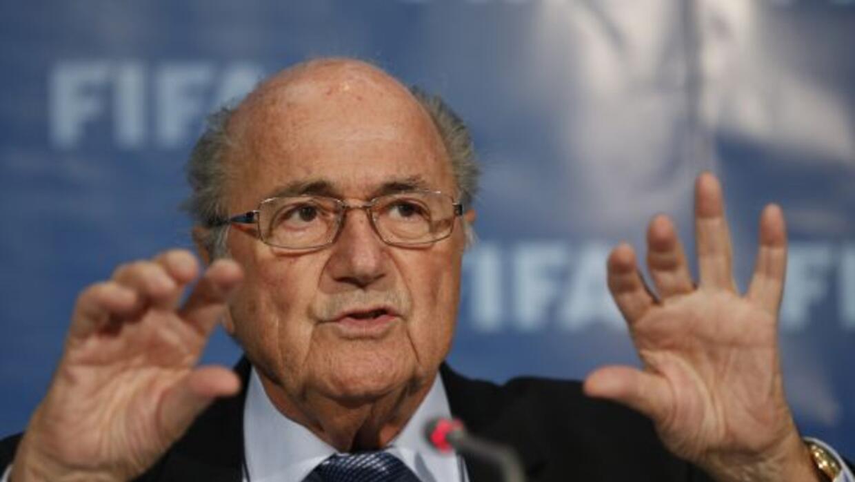 El dirigente de FIFA invitó a la FIFA a competencia por la presidencia e...