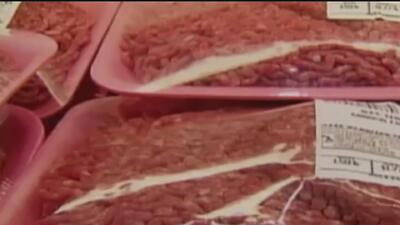 Retiran miles de libras de carne molida del mercado por posible contaminación de E. Coli