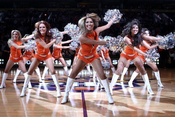 bailarinas suns basquetbol