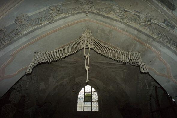 Esta peculiar obra arquitectónica y de decoración recibe a cerca de 150...