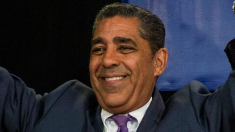 Adriano Espaillat anuncia reunión con ICE en Washington para hablar sobr...