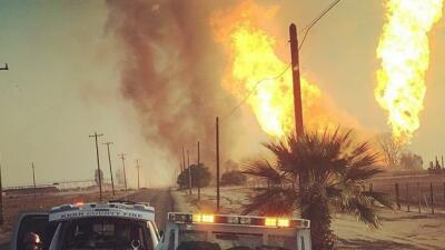 Una explosión de una tubería de gas deja un muerto en Bakersfield