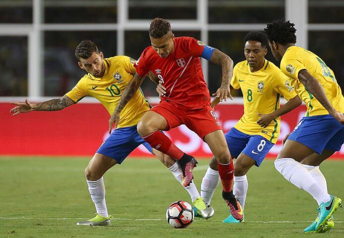 El ranking de los jugadores de Brasil vs Perú Polo.jpg