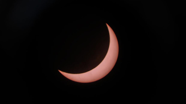 Así fue un eclipse solar parcial desde el National Planetarium en...