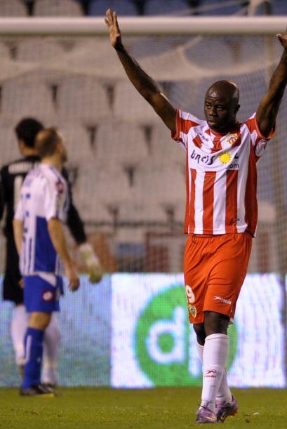 Otro penalti se marcó, pero ahora en favor del Almería, cobrado por Heno...