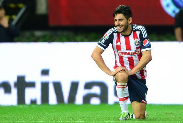 A su llegada a Guadalajara Rafael costaba en el mercado casi los 2.3 mil...