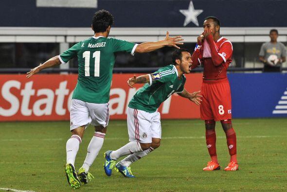 Al 26' Luis Montes revivía las ilusiones mexicanas por lograr su pase a...