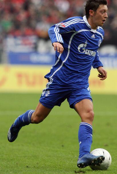 El 31 de enero del 2008 el Werder Bremen hizo una de las mejores contrat...