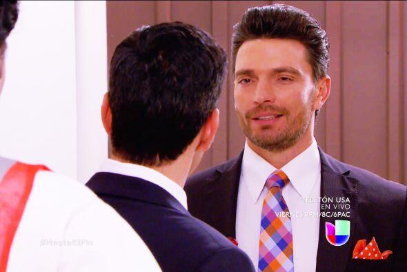 No te dejes Salvador, Patricio está muy seguro de quedarse con el amor d...