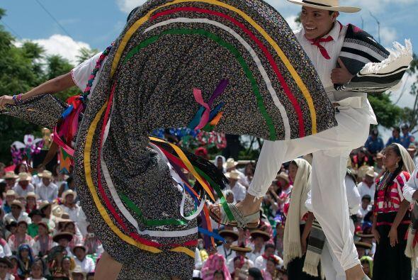 Los origenes de la fiesta de la Guelaguetza datan de la época prehispáni...