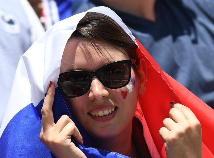 Francesas y alemanas, por el cetro de la más bella