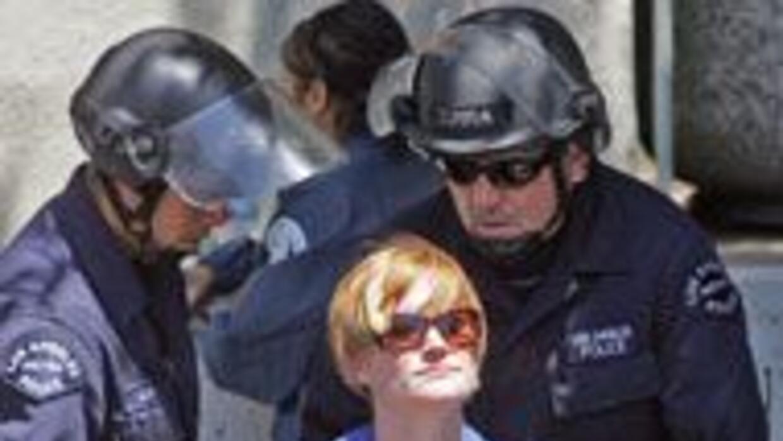 Decenas de detenidos durante las manifestaciones en el primer día de la...
