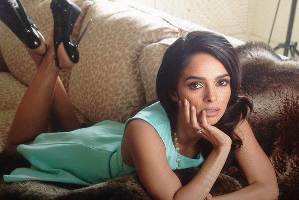 Mallika Sherawat es conocida actriz de Bollywood y se suma a las conquis...