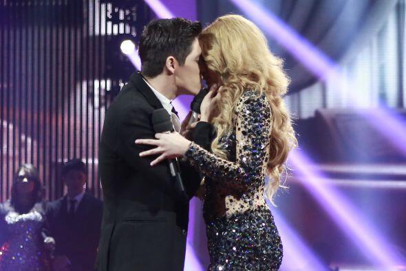 Enseguida, tuvo un intenso dueto con Fernando Corona.