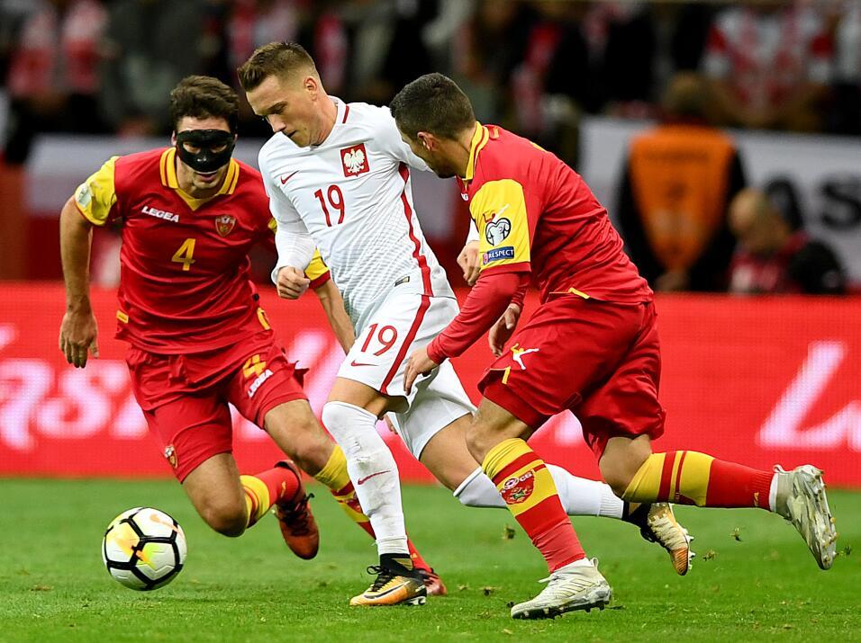 Polonia empató con Uruguay en amistoso gettyimages-859027724.jpg