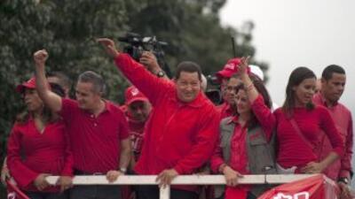 """El presidente venezolano Hugo Chávez prometió una victoria por """"nocaut""""..."""