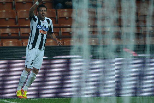 Mourinho buscaría a otro jugador de la Serie A italiana, el chileno Maur...