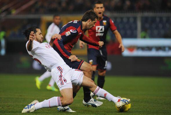 Los pirmeros minutos del juego fueron parejos...pero el Milan parecía má...