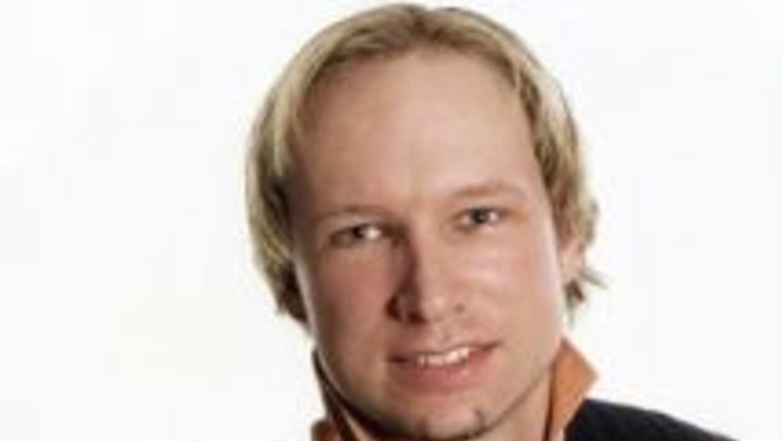 """Behring Breivik, de 32 años, """"admitió su responsabilidad"""", dijo el aboga..."""