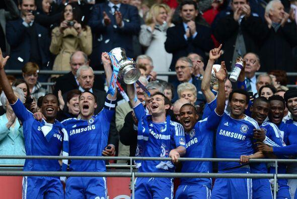 Pero sólo uno levantó la Copa...y fue el Chelsea.