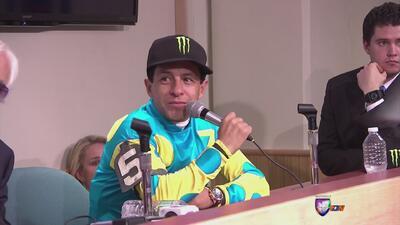 Jinete mexicano Victor Espinoza consiguió la triple corona