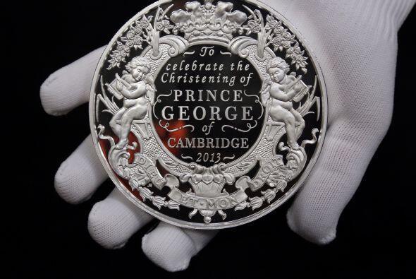 La moneda del bautizo del prinicpe George fue acuñada en Gales, e...