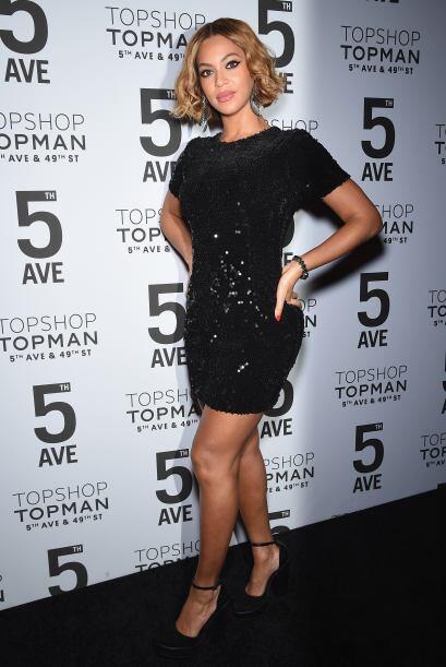 Hoy Beyoncé es irresistiblemente sexy, y con esas curvas se ve divina.