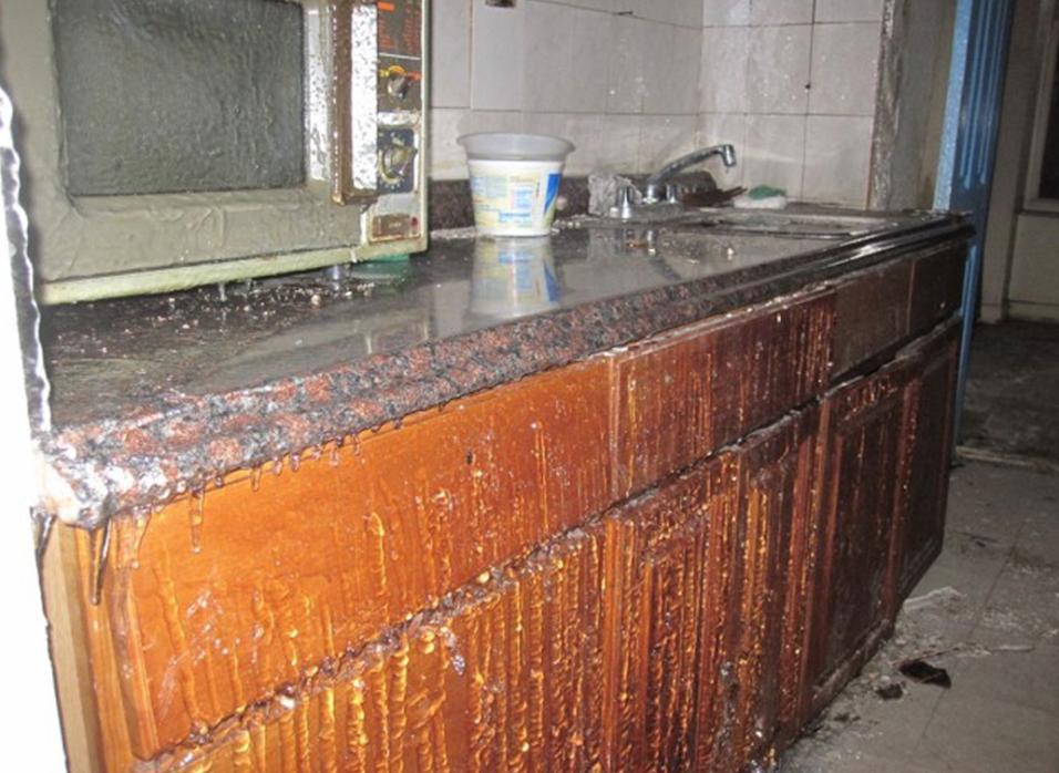 En el invierno, así se puso la cocina del apartamento del lado, evidenci...