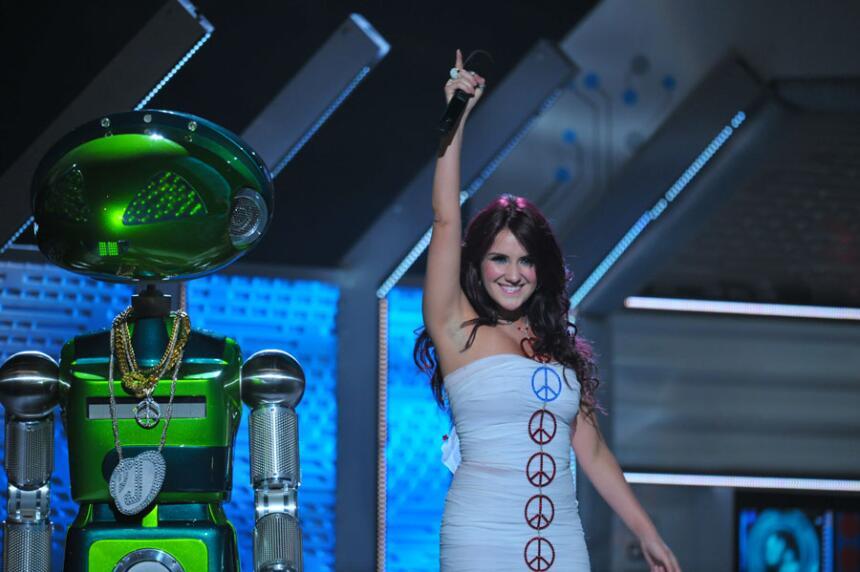 Dulce María Premios Juventud 2010
