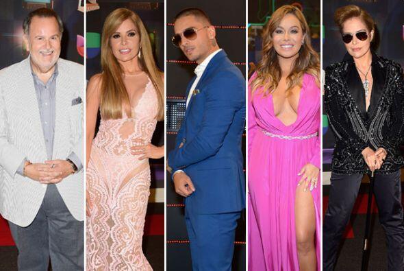 Tú votaste por lo HOT, WOW y BLA de la alfombra de Premios Juventud. Aho...
