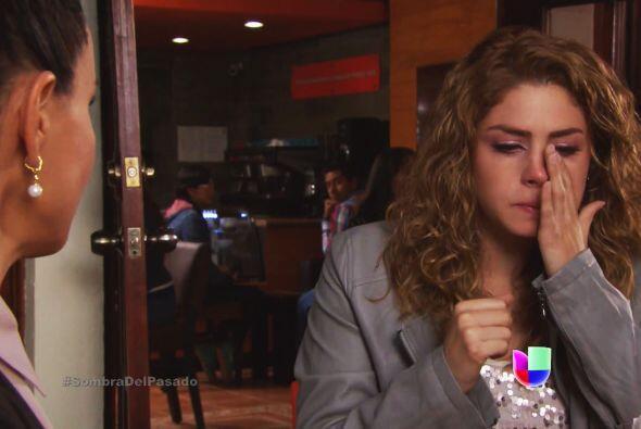 Valeria sabe que lo puede perder y más ahora que Aldonza regresó a Santa...