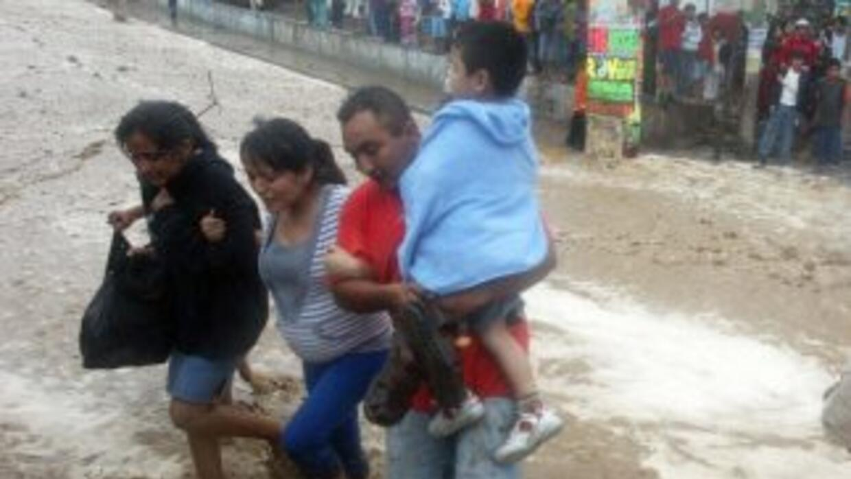 Las fuertes lluvas en Chosica, Perú provocaron inundaciones y deslizamie...