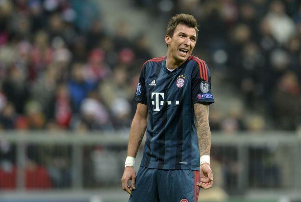 Ni Mario Mandzukic ni todo el ataque de los alemanes pudo hacer algo par...