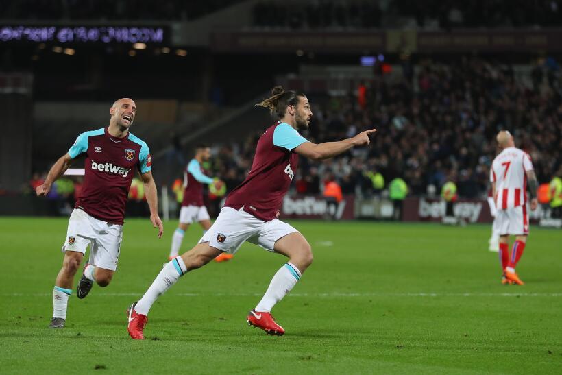 West Ham rescata el empate ante el Stoke City de la mano de Carroll gett...